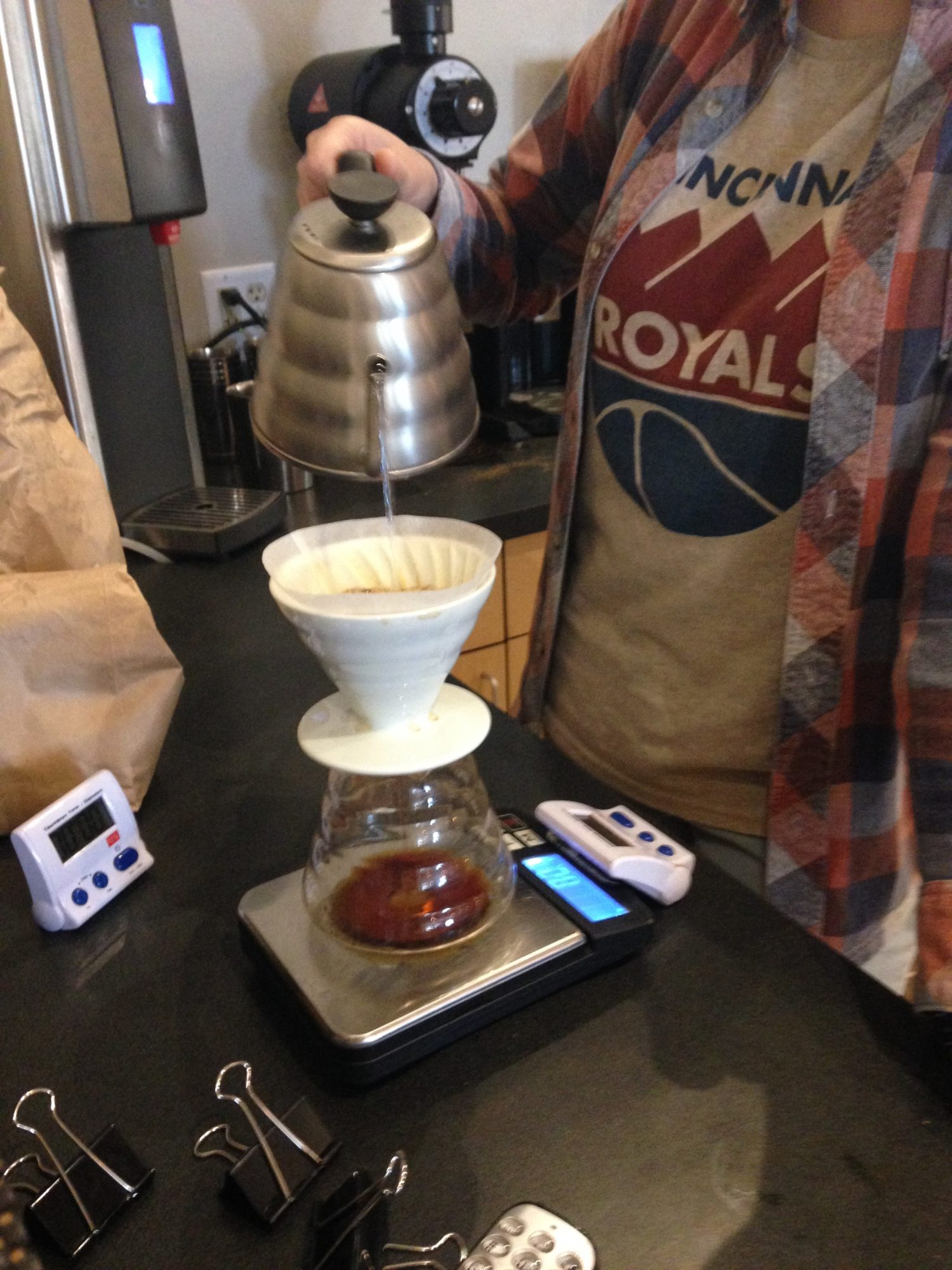 Barista Leslie Hall making a Pourover Coffee